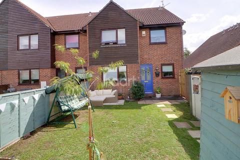 2 bedroom end of terrace house for sale - Weaverdale, Shoeburyness