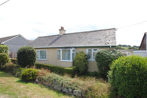 2 bedroom detached bungalow for sale - Redmoor Road, Kelly Bray