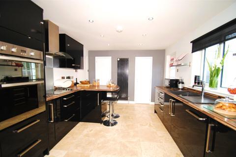 4 bedroom detached bungalow for sale - St Johns Lane, Barnstaple