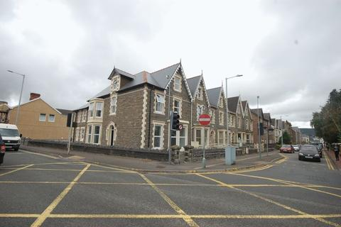 Property to rent - Ground Floor 13a Victoria Gardens, Neath SA11 3AY