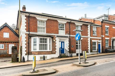 1 bedroom in a flat share to rent - West Hill House, Winchester