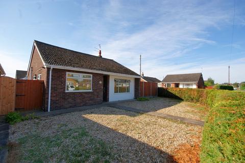 3 bedroom detached bungalow to rent - St Peters Avenue, North Hykeham