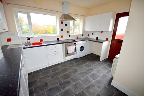 2 bedroom semi-detached house to rent - Ballifield Road, Sheffield, S13