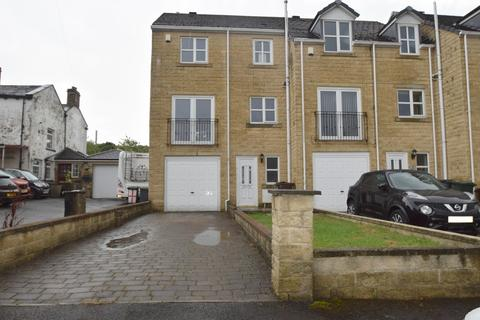 4 bedroom townhouse to rent - Low Fold, Bolton Lane