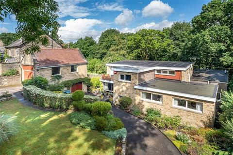 5 bedroom detached house for sale - Staveley Road, Nab Wood, Shipley