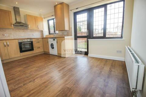 3 Bedroom Terraced House To Rent   Perrymead, Wigmore, Luton