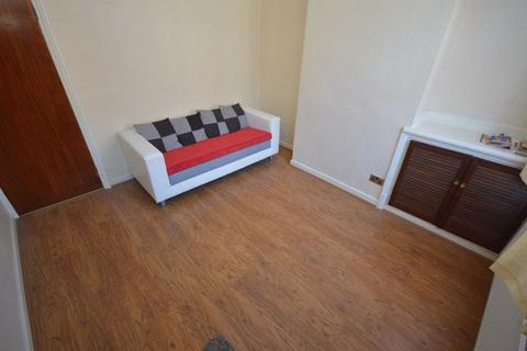 4 bedroom terraced house to rent - Brandon Street, Leicester, LE4