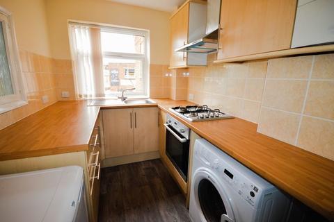 2 bedroom flat to rent - Spacious 2 Bedroom Flat
