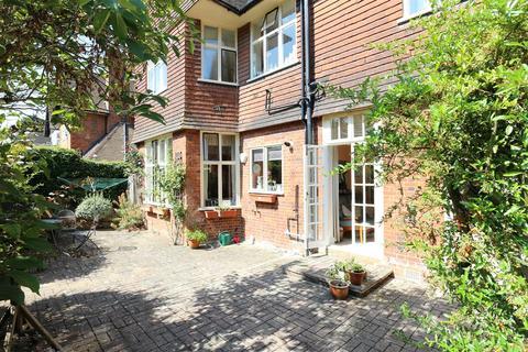 2 bedroom flat for sale - Shepherds Green, Chislehurst, BR7 6PA