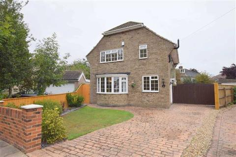 3 bedroom detached house for sale - Canterbury Drive, Grimsby, North East Lincolnshire