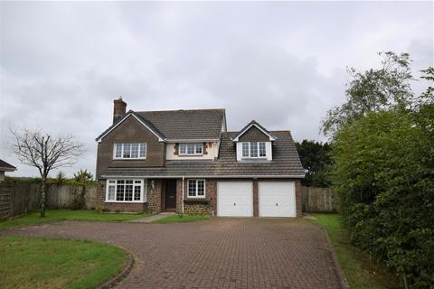 5 bedroom detached house for sale - Highfield Close, High Bickington, Umberleigh