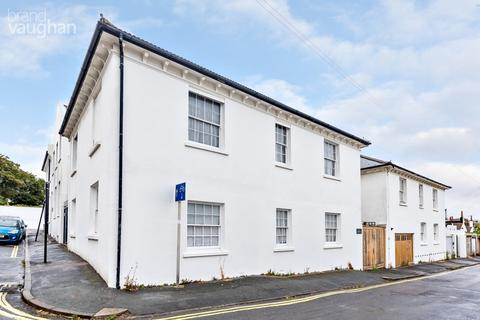 3 bedroom coach house for sale - Eastern Place, Brighton, BN2