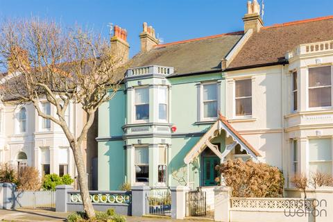 4 bedroom semi-detached house for sale - Sackville Gardens, HOVE