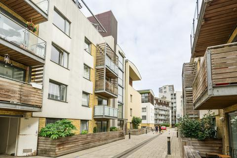 2 bedroom apartment for sale - Horsted Court, Kingcote Way, Brighton