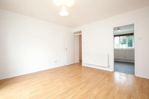 2 bedroom apartment to rent - Dynevor Road, London