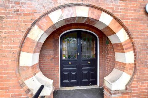 1 bedroom ground floor flat for sale - Baltic Road, Tonbridge, Kent