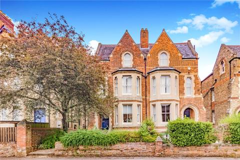 4 bedroom semi-detached house to rent - Winchester Road, Oxford, Oxfordshire, OX2