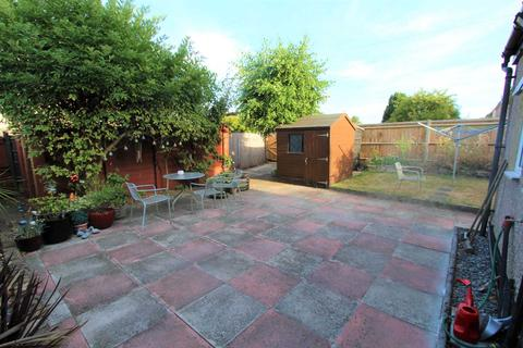 3 bedroom end of terrace house for sale - Ramsden Road, Erith