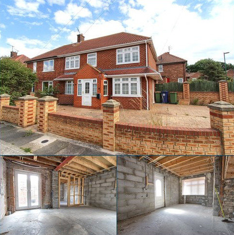 2 bedroom semi-detached house for sale - Shaftesbury Road, Middlesbrough
