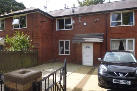 3 bedroom semi-detached house to rent - Delamere Road, Rochdale, OL16