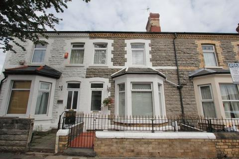 3 bedroom terraced house for sale - Pyke Street, Barry