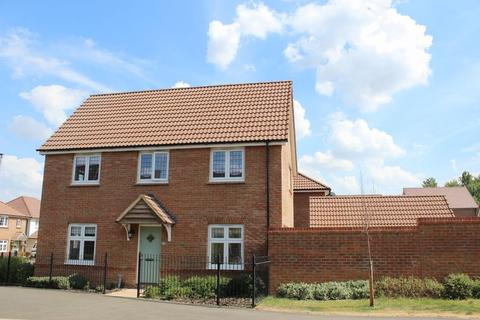 3 bedroom detached house to rent - Cherhill Way, Calne