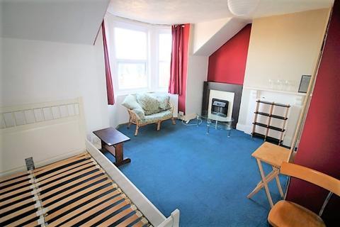 1 bedroom flat to rent - Mount Pleasant Road