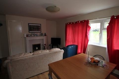 3 bedroom flat for sale - Fir Tree Fir Tree Gardens,  Croydon, CR0