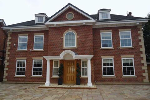 6 bedroom detached house to rent - Cedar Close, Liverpool