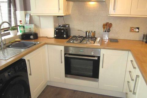 2 bedroom semi-detached house to rent - Thurlow Court, Lincoln, LN2 4SA