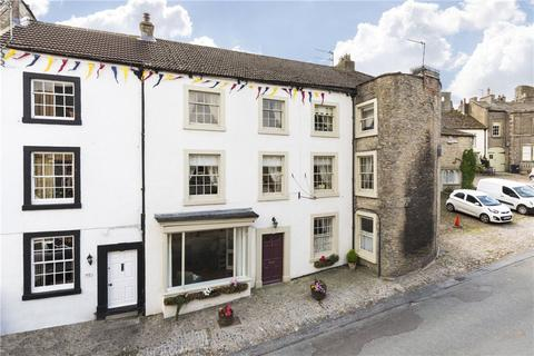 6 bedroom character property for sale - Market Place, Middleham, Leyburn, North Yorkshire