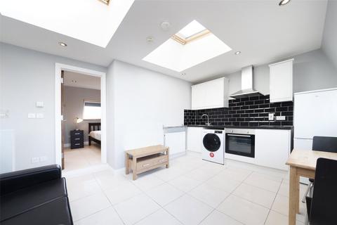 1 bedroom flat to rent - Dawes Road, London