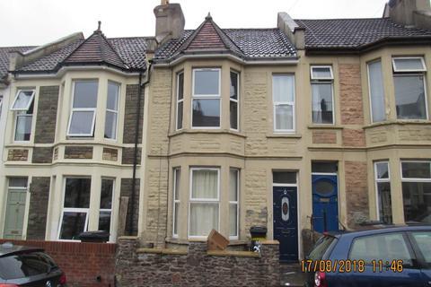 4 bedroom terraced house to rent - Douglas Road, Horfield, Bristol