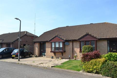 2 bedroom semi-detached bungalow for sale - Blackthorn Place, Sketty, Swansea, City & County Of Swansea. SA2 9JW