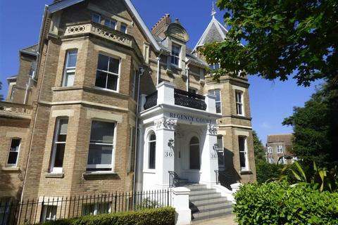 2 bedroom flat for sale - Knyveton Road, East Cliff, Bournemouth, Dorset, BH1