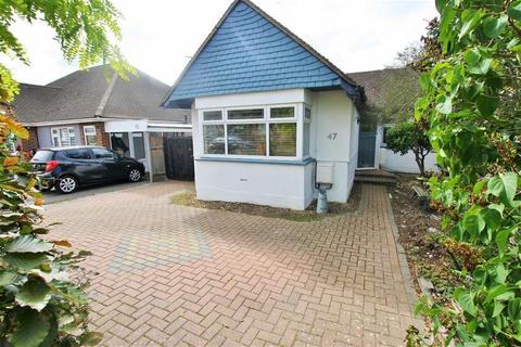 2 bedroom semi-detached bungalow for sale - Burlington Gardens, Hadleigh, Essex