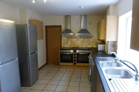 8 bedroom house to rent - Miskin Street, Cathays, ( 8 Beds )