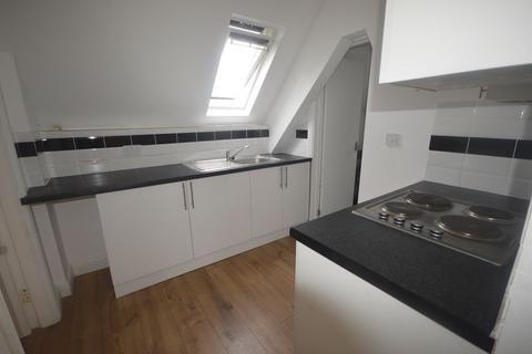 2 bedroom flat to rent - Flat 7, Clarendon Park Road, LE2