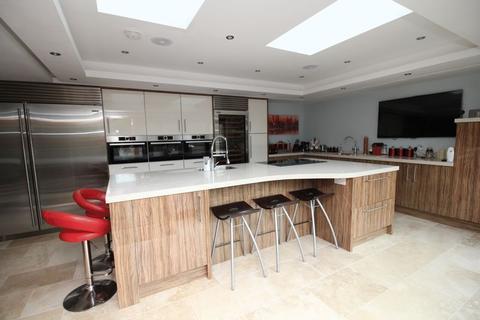 5 bedroom detached villa for sale - Sandwell Crescent, Kirkcaldy