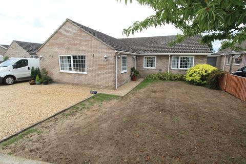 4 bedroom detached bungalow for sale - Sandgalls Road, Lakenheath, Brandon