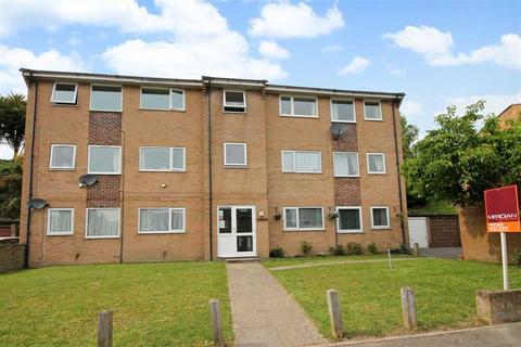 2 bedroom flat for sale - Slepe Crescent, Poole