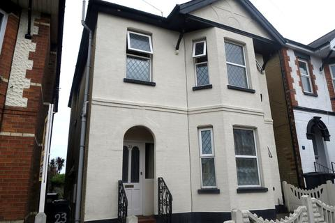 4 bedroom detached house to rent - Frampton Road, Winton