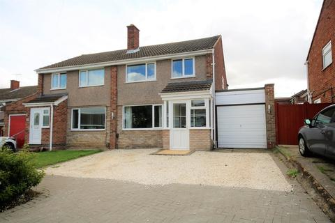 3 bedroom semi-detached house for sale - Sapcote Drive, Melton Mowbray