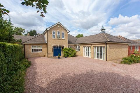 6 bedroom detached house for sale - March
