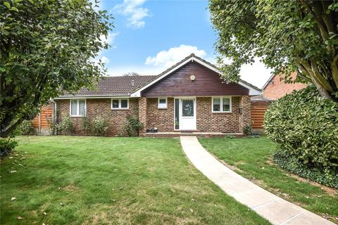 3 bedroom bungalow for sale - Temple Mead Close, Stanmore, Middlesex, HA7