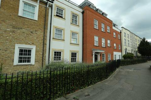 2 bedroom apartment to rent - High Road, Woodford Green