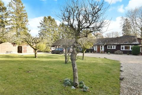 8 bedroom detached house for sale - Main Road, Itchen Abbas, Hampshire, SO21