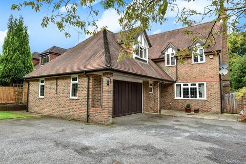 5 bedroom detached house for sale - The Shrave, Four Marks, Alton, Hampshire, GU34
