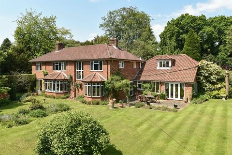 6 bedroom detached house for sale - Southdown Road, Shawford, Winchester, Hampshire, SO21