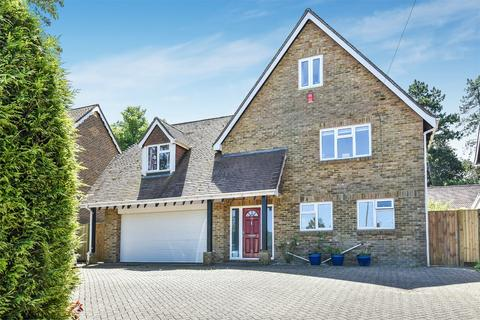 5 bedroom detached house to rent - Alresford Road, Winchester, Hampshire, SO23